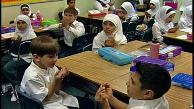 Karen Phalet: The Children of Muslim Immigrants in School: Comparative Perspectives from Europe